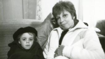 Danny Pintauro (Thad) i jego matka - pomiędzy ujęciami na planie Cujo - obrazek