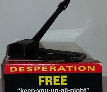 Keep-You-Up-All-Night - lampka - obrazek