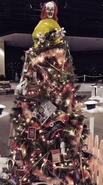 Feztival WKIT Christmas Tree 1