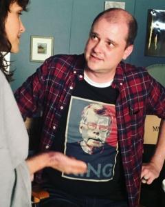 Mike Flanagan i Carla Gugino na planie zdjęciowym - obrazek