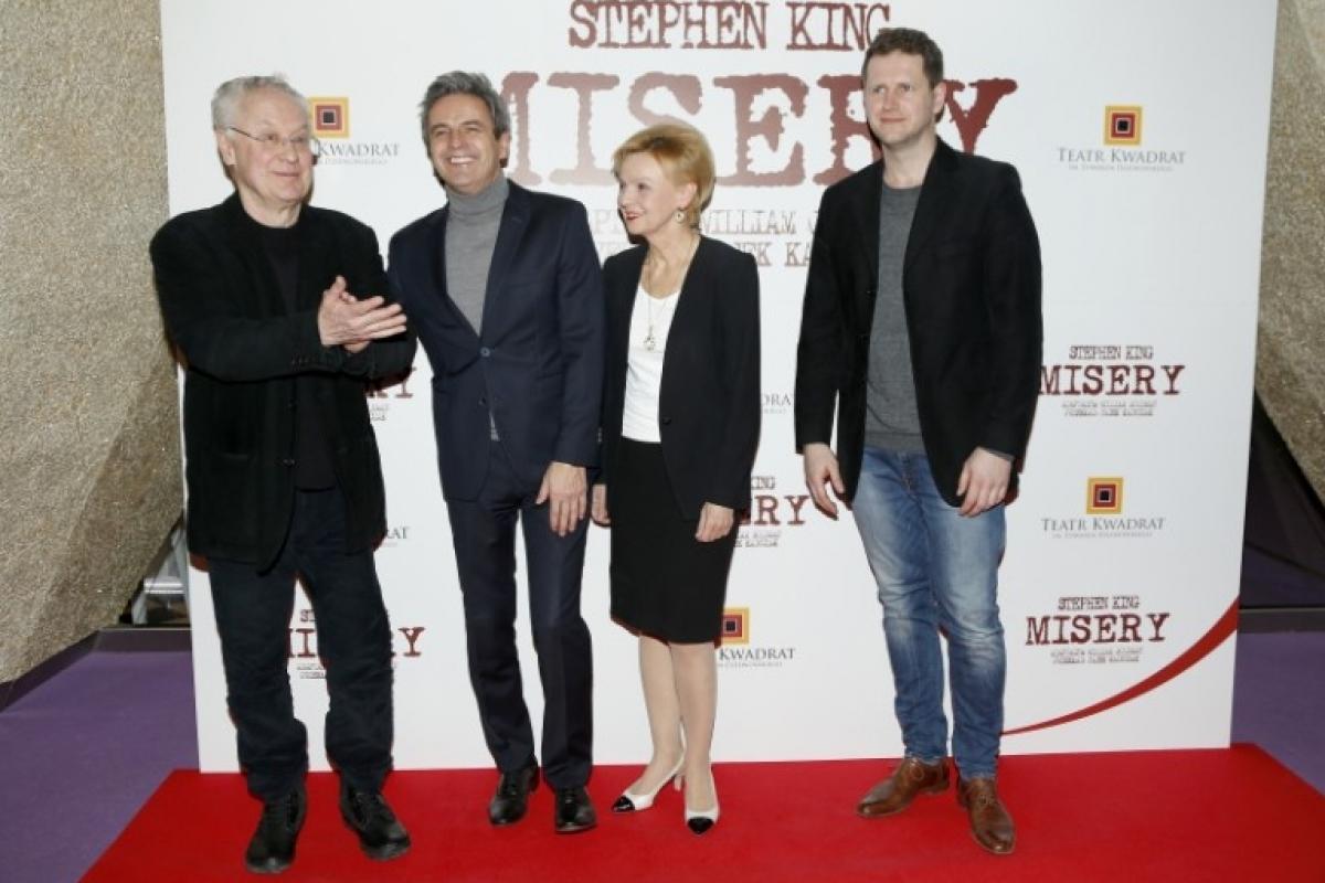 Robert Gliński, Piotr Polk, Ewa Wencel oraz Marcin Piętowski na premierze Misery (zdjęcie AKPA) - obrazek
