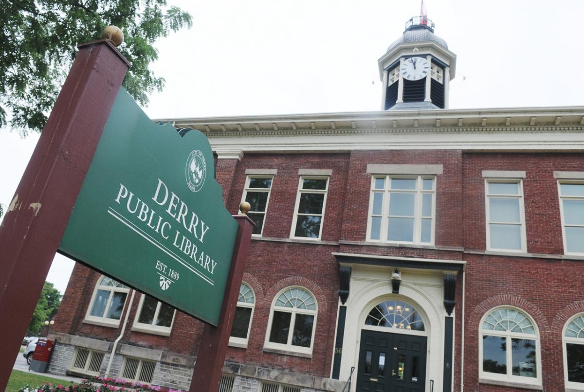 Siedziba władz miasta Port Hope zmieniła się w Derry Public Library - obrazek