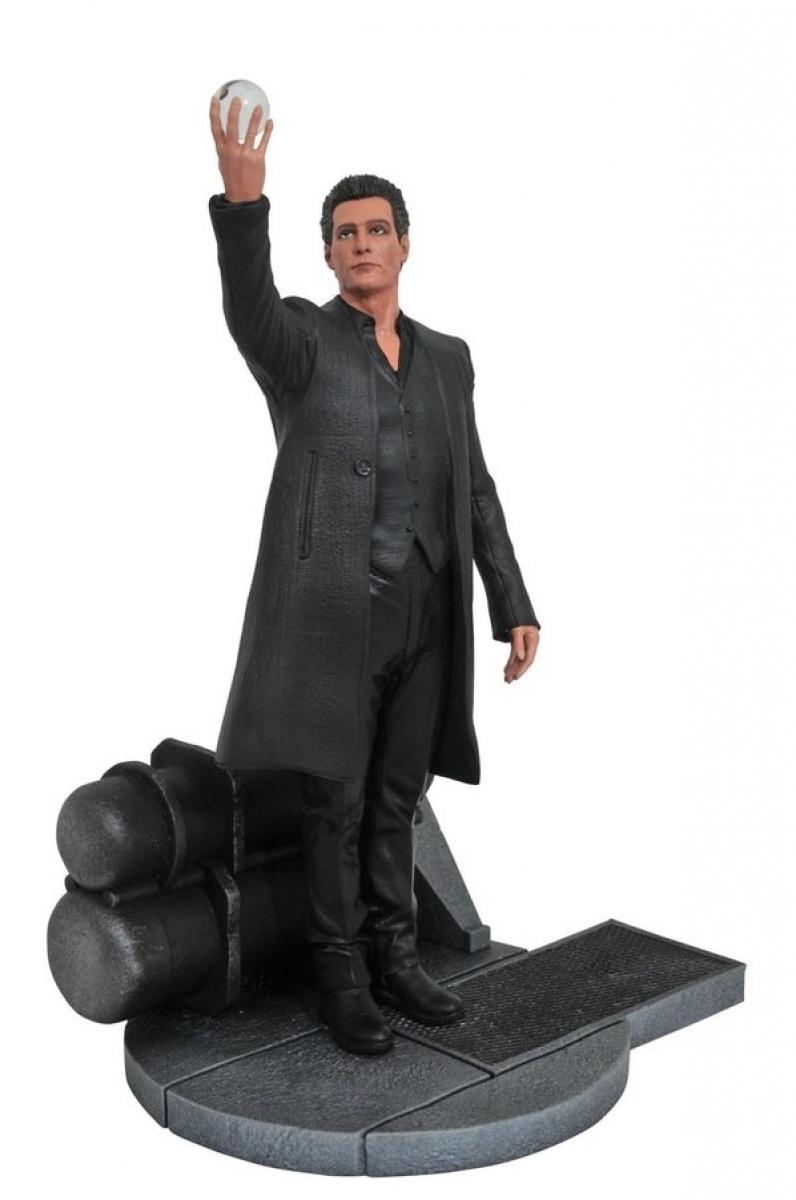 Figurka Człowieka w czerni - obrazek