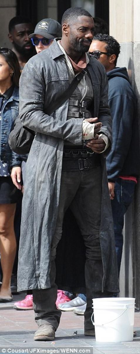 Idris Elba 085 na planie w Los Angeles (zdjęcie JFXimages) - obrazek