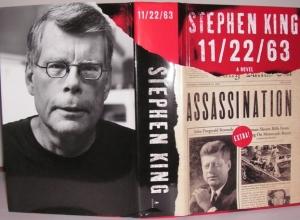 """""""11/22/63"""" Signed Edition - książka z założoną obwolutą - obrazek"""