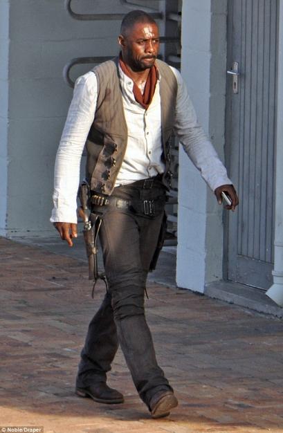 Idris Elba - The Gunslinger (1)