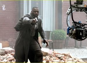 Idris Elba 077 (zdjęcie FameFlynet) - obrazek