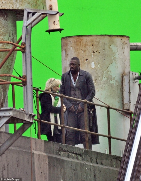 Idris Elba - The Gunslinger (7)