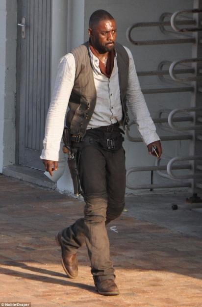 Idris Elba - The Gunslinger (2)