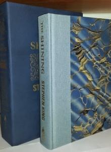 """""""The Shining"""" -  pudełko i książka wydania Signed & Traycased Edition - obrazek"""