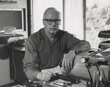 John D MacDonald