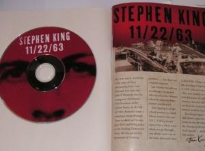 """""""11/22/63"""" Signed Edition - koperta z filmem dokumentalnym na DVD - obrazek"""