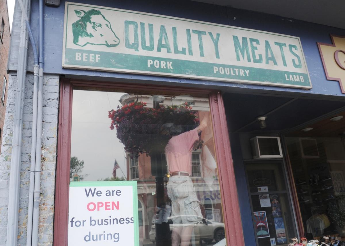 Sklep obuwniczy Goulds na Walton Street zmienił się w sklep mięsny - obrazek